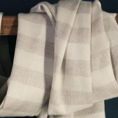 Châles en cachemire et soie